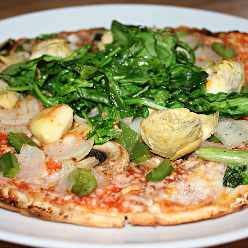 Garlic and Artichoke Pizza