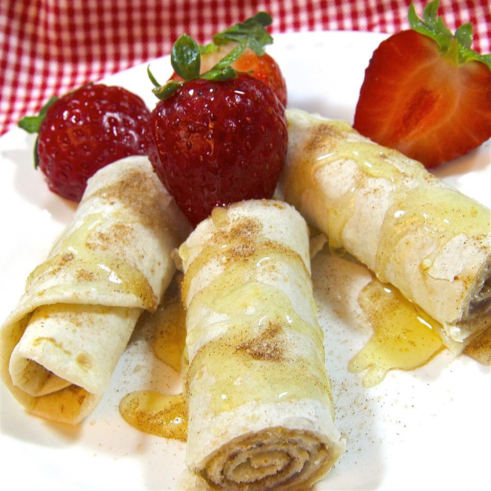 Spicy Dessert Roll-Ups